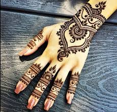 nails u0026 henna