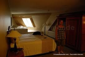 chambre las vegas dormir dans une pyramide à las vegas bienvenue à l hôtel luxor