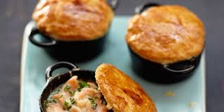 cuisine actuelle recettes comment faire un bar de cuisine 10 mini cocottes au saumon facile