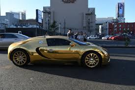 bugatti gold and jamie foxx photos photos jamie foxx takes a drive in his metallic