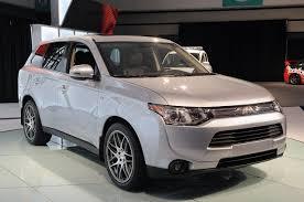 mitsubishi india la auto show 2014 mitsubishi outlander unveiled comes as a
