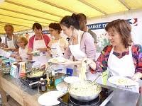 apprendre a cuisiner gratuitement cours de cuisine sur les marchés parisiens hello 17