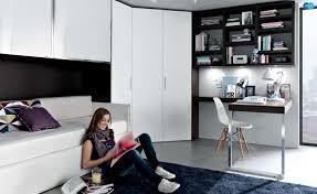 coin bureau design design interieur idées pour la chambre d ado grande armoire noir