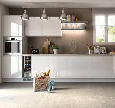 cuisine flash but meuble de cuisine blanc brillant meuble bas cuisine blanc 120 cm