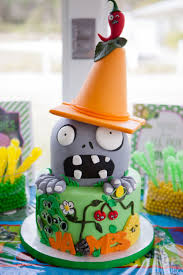 Halloween Birthday Party Cakes by Best 25 Zombie Birthday Cakes Ideas On Pinterest Zombie Cakes