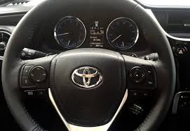 toyota showroom locator first look 2017 toyota corolla xse