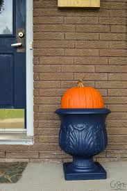 Outdoor Halloween Decorating Ideas by