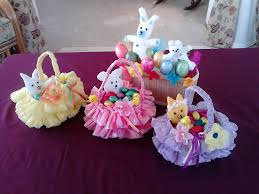 wonderful diy beautiful easter basket from recycled plastic bag