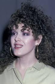 bernadette hairstyle how to bernadette peters medium curls bernadette peters and medium curls