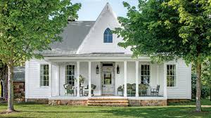 stunning farmhouse before and after makeovers southern living