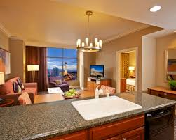 las vegas 2 bedroom suites deals las vegas hotel rooms suites hilton grand vacations on the las