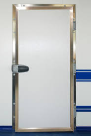porte isotherme chambre froide portes pivotantes isothermes dagard