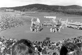 circus puppets bread and puppet celebrates half a century barton chronicle