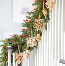 Christmas Garland Decorating Ideas by Awesome Picture Of Christmas Garland Decorations Fabulous Homes