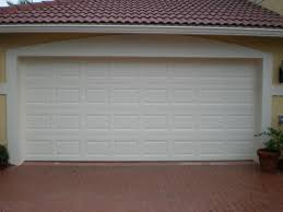 design a hurricane rated garage door at overhead door