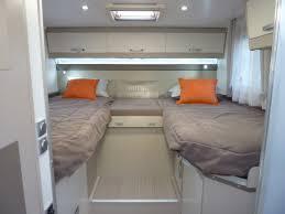 chambre traduction espagnol chambre confort grand lit ou lits jumeaux et bain ha tel notre dame