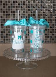 bridesmaid cups bridesmaid gift help weddingbee