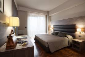 hotel style headboards home dzine bedrooms create a boutique hotel