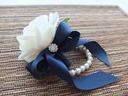 how to make a wristlet corsage best 25 corsage ideas on white corsage corsages