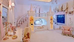 chambre de princesse awesome chambre fille chateau princesse ideas design trends 2017