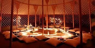 tende yurta natale di sapori arte e musica dentro le tende yurta