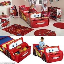 chambre mcqueen decoration chambre flash mcqueen gawwal com