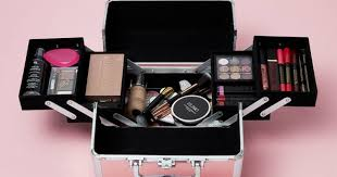 Make Up Vanity Case Makeup Dreams Penneys Releases An Outrageously Nice U20ac15 Vanity