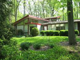 cool mid century modern homes with green yard custom home design
