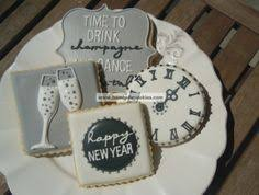 New Year S Cookie Decorations by New Years Eve Cookies 2013 Clocks Desserts The Baked Equation