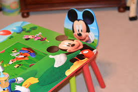 Minnie Mouse Toy Organizer Delta Children Mickey Mouse Table And Chair Set Mhcgiftguide
