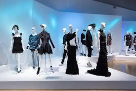Photography And Videography Emphatics Avant Garde Fashion At Phoenix Art Museum Java