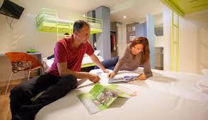 chambre d hotel pour 5 personnes caractéristiques des chambres de l hôtel du parc du futuroscope à