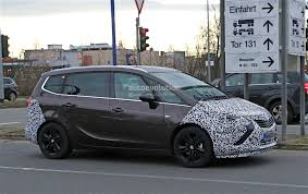 opel zafira facelift spied with revealing camouflage autoevolution