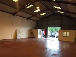unit 2200sq ft industrial to rent let atherton manchester storage