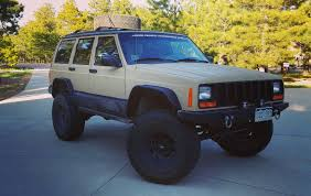 jeep custom paint rattle can paint job is going better than expected cherokeexj