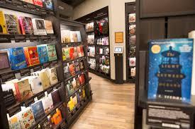 inside amazon u0027s first new york city bookstore