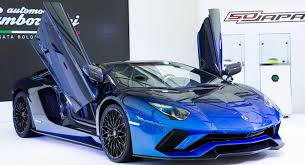 lamborghini aventador special edition lamborghini makes five special edition aventador s roadsters for