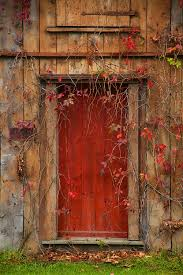 Red Barn Door by Old Barn Door In New England Gardening Pinterest Barn Doors