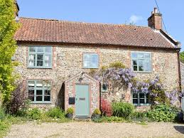 dog friendly holiday cottages hotels u0026 places to stay norfolk