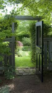 Different Types Of Fencing For Gardens - 18 different types of garden fences garden gate doors and gardens