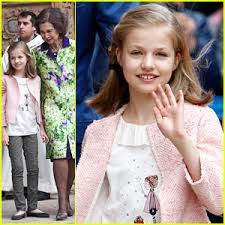 princess leonor of spain attends easter mass with royal