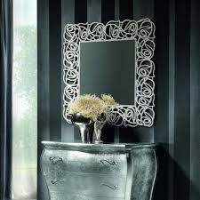 specchi con cornice specchio quadrato con cornice traforata mobili casa idea stile
