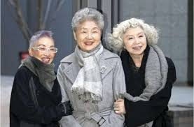 japanesse women with grey hair icymi more women in japan embracing gray hair amid changing