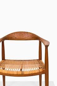 wegner the chair by johannes hansen at studio schalling