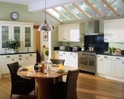 Kitchens Cream Cabinets Green Walls Kitchen Colors On Cream - Kitchen colors with cream cabinets