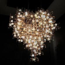 chandelier nyc smoke sculpture search light 吊灯