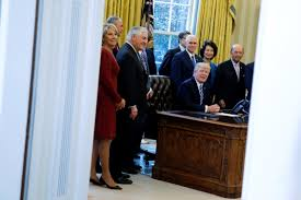 Oval Office Over The Years by An Economist Reporter Dishes On Trump U0027s U0027priming The Pump
