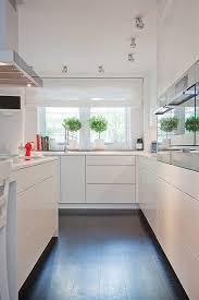 rideaux cuisine moderne intérieur à la déco scandinave moderne maison moderne maisons