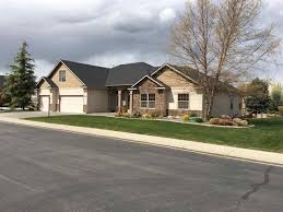 Berm House by 420 W Bayhill Dr Nampa Id 83686 Mls 98654511 Movoto Com
