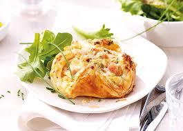 cuisiner saumon congelé 4 paniers au saumon surgelé gamme entrées snacking tartes sur